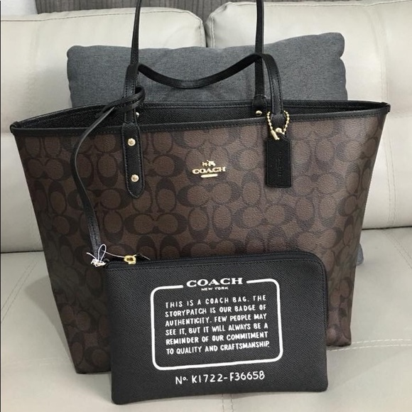 a834928cc7 🌹Authentic Coach Signature Reversible City Tote